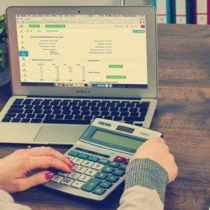 ¿Qué obligaciones laborales tienen las entidades con Seguridad Social y Hacienda?