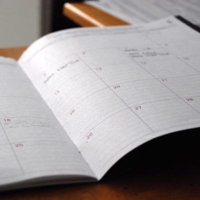 Calendari fiscal d'abril